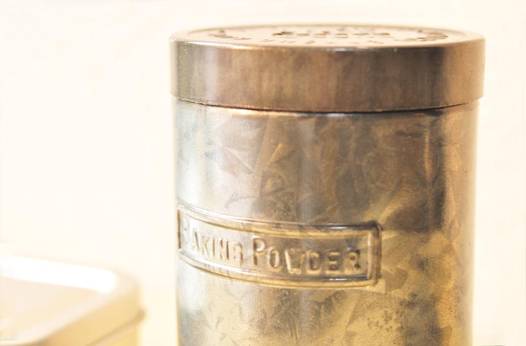 ベーキングパウダー用フタ付き缶