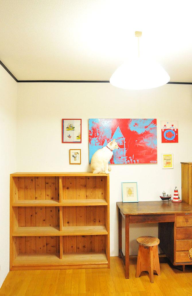 中古で買った3000円棚を部屋に設置