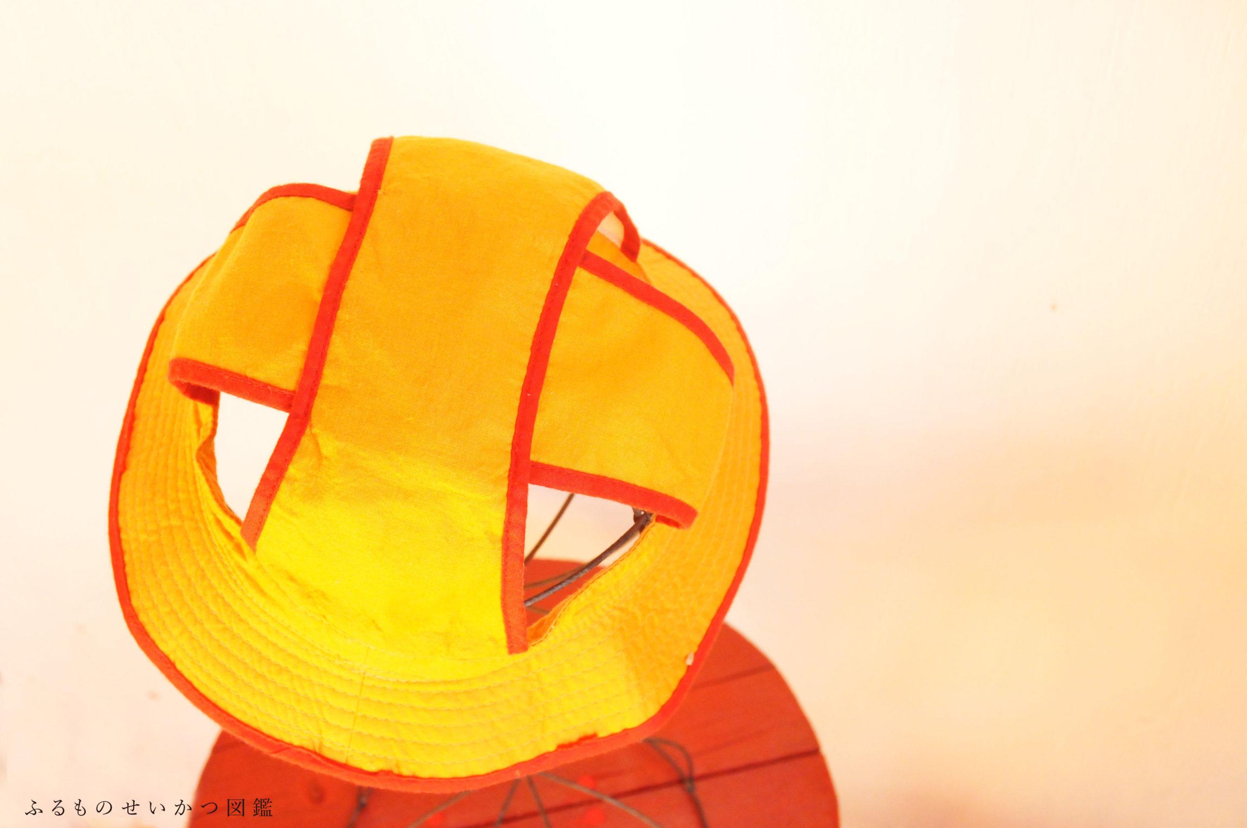 40年前の「おさがり」を着る娘【ビキニ水着と楽しい帽子】