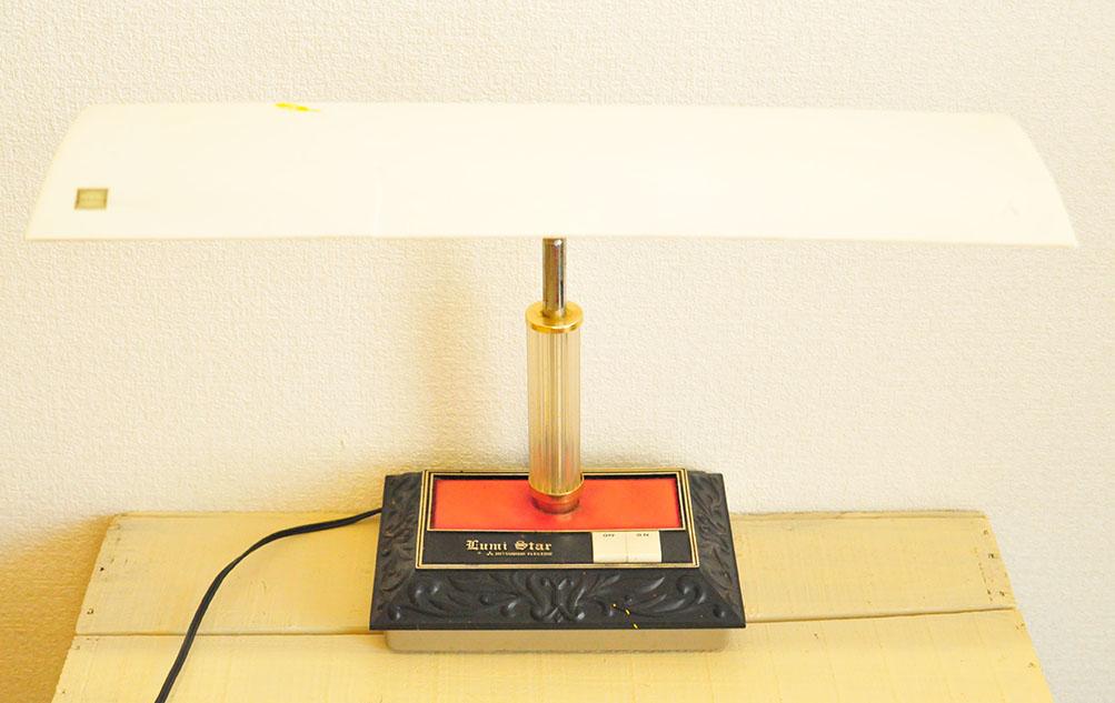 昭和レトロな電気スタンド2