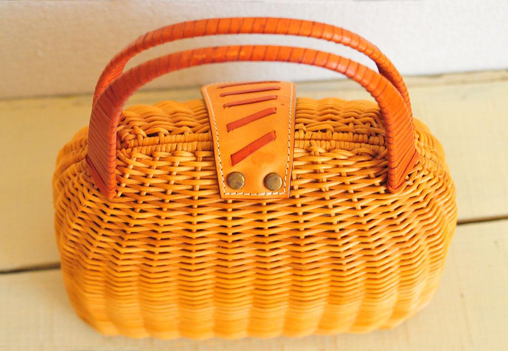 100円カゴ編みバッグのベルト部分
