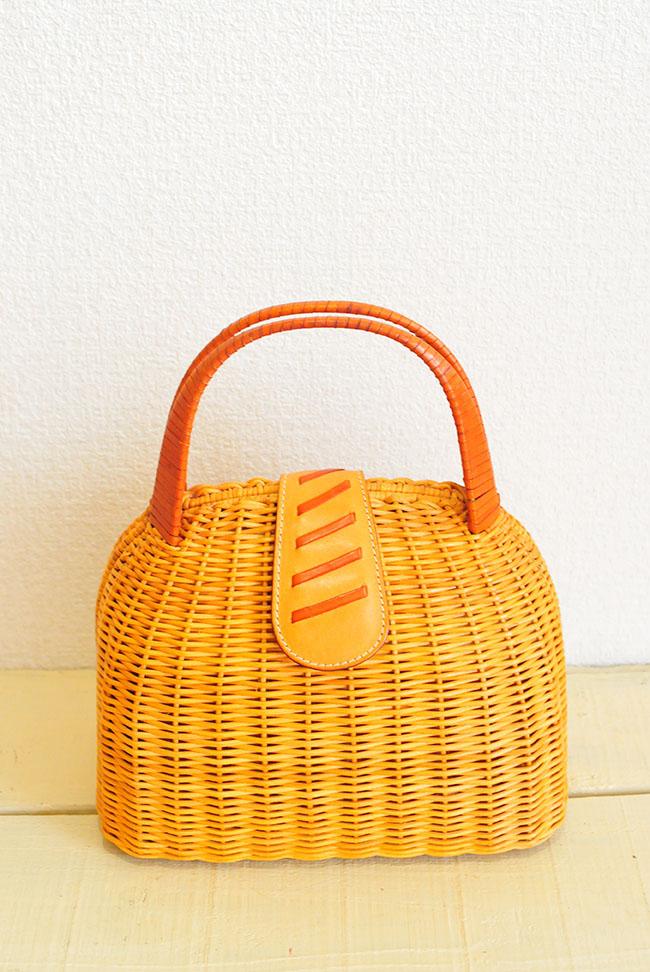 100円カゴ編みバッグ