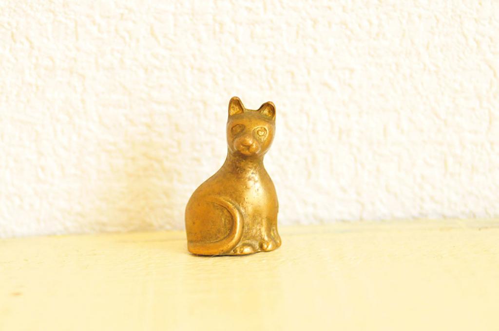 猫の小さなカードスタンド