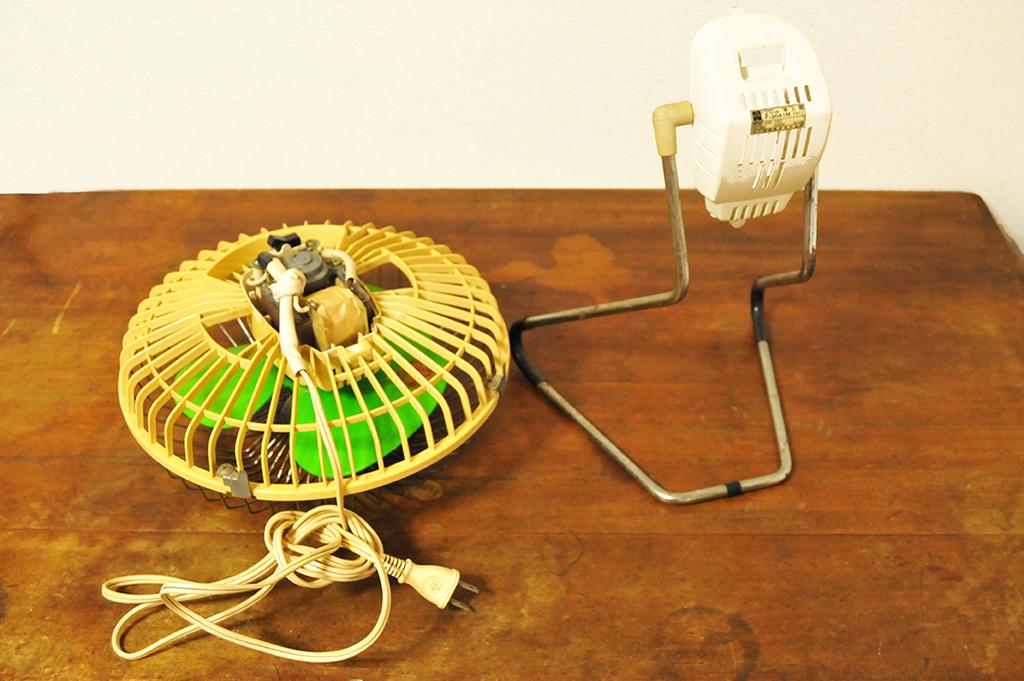 レトロ卓上扇風機の脚と本体-ふるものせいかつ図鑑