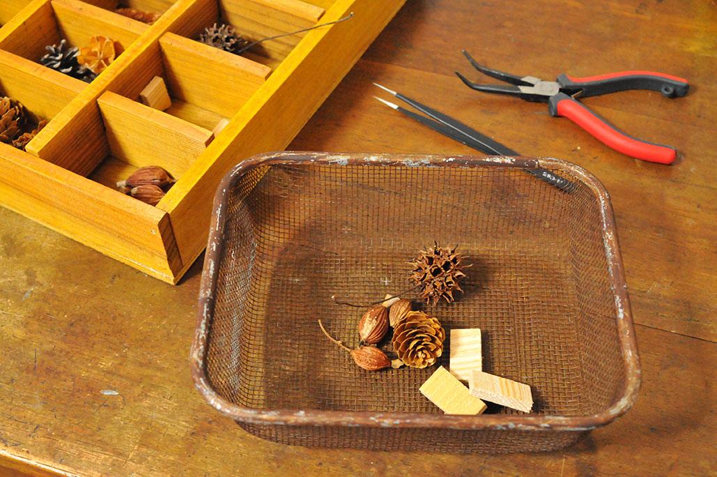 工作するときには木の実を取って運ぶ便利カゴに-調理器具リメイク