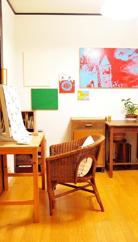 作業部屋ともらいものの藤のイス