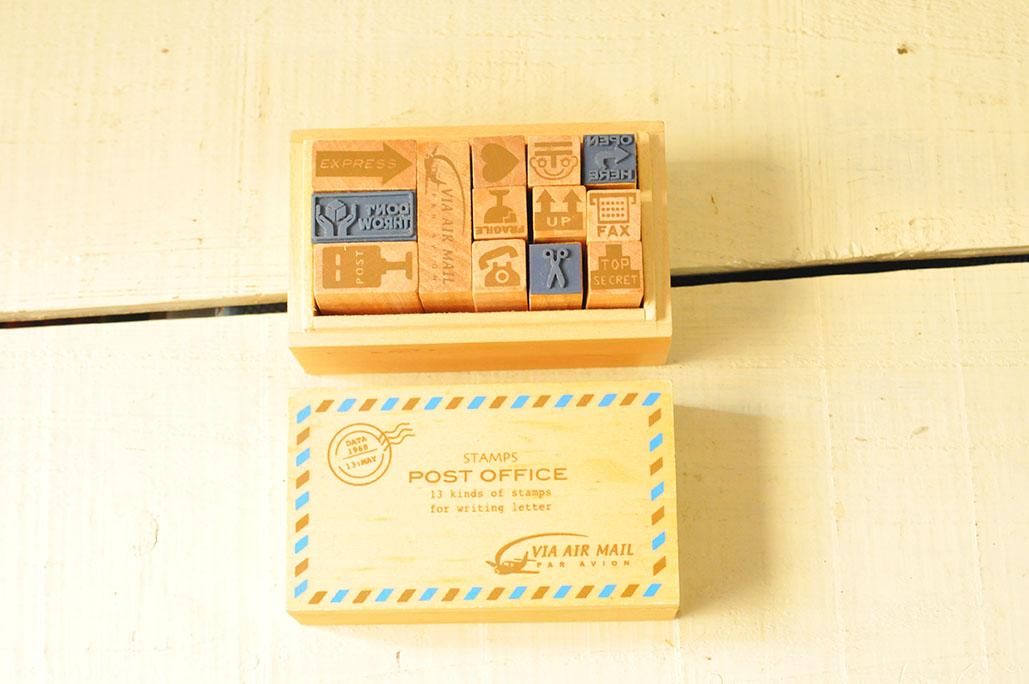 木の箱に入った未使用のオシャレなスタンプセットは300円